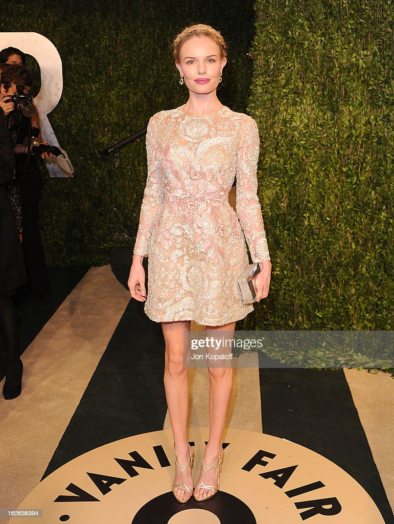 Actress Kate Bosworth attends the 2013 Vanity Fair Oscar party at Sunset Tower on February 24, 2013 in West Hollywood, California.
