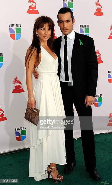 Actress Kate del Castillo and actor Aaron Diaz arrive at the 10th annual Latin GRAMMY Awards held at Mandalay Bay Events Center on November 5 2009 in...