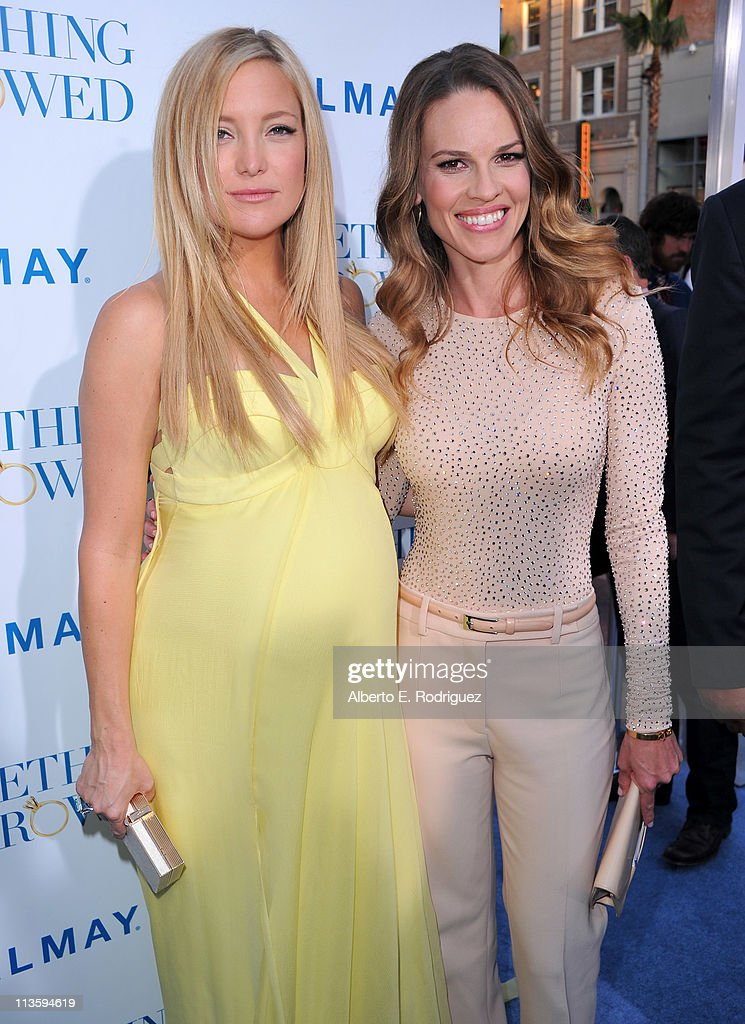 Actress <a gi-track='captionPersonalityLinkClicked' href=/galleries/search?phrase=Kate+Hudson&family=editorial&specificpeople=156407 ng-click='$event.stopPropagation()'>Kate Hudson</a> (L) and producer/actress <a gi-track='captionPersonalityLinkClicked' href=/galleries/search?phrase=Hilary+Swank&family=editorial&specificpeople=201692 ng-click='$event.stopPropagation()'>Hilary Swank</a> arrive at the premiere of Warner Bros. 'Something Borrowed' held at Grauman's Chinese Theatre on May 3, 2011 in Hollywood, California.