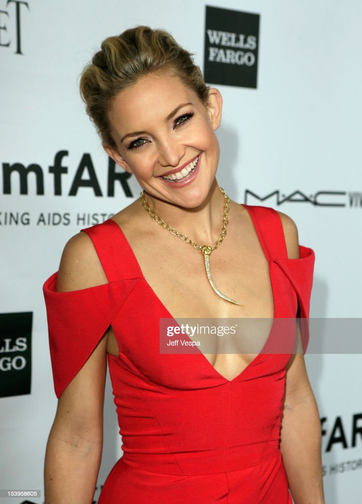 Actress <a gi-track='captionPersonalityLinkClicked' href=/galleries/search?phrase=Kate+Hudson&family=editorial&specificpeople=156407 ng-click='$event.stopPropagation()'>Kate Hudson</a> arrives at amfAR's Inspiration Gala at Milk Studios on October 11, 2012 in Los Angeles, California.