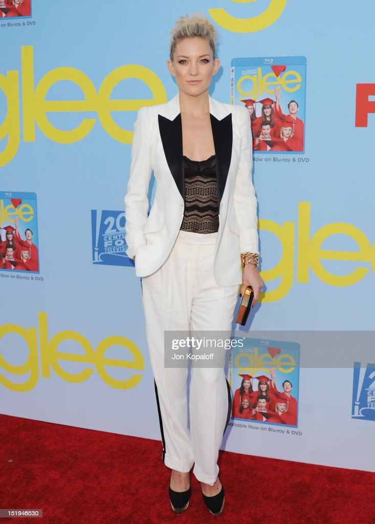 Actress <a gi-track='captionPersonalityLinkClicked' href=/galleries/search?phrase=Kate+Hudson&family=editorial&specificpeople=156407 ng-click='$event.stopPropagation()'>Kate Hudson</a> arrives at the 'Glee' Premiere at Paramount Studios on September 12, 2012 in Los Angeles, California.