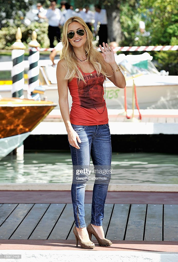Actress Kate Hudson arrives at the Hotel Excelsior during the 69th Venice International Film Festival on August 29 2012 in Venice Italy
