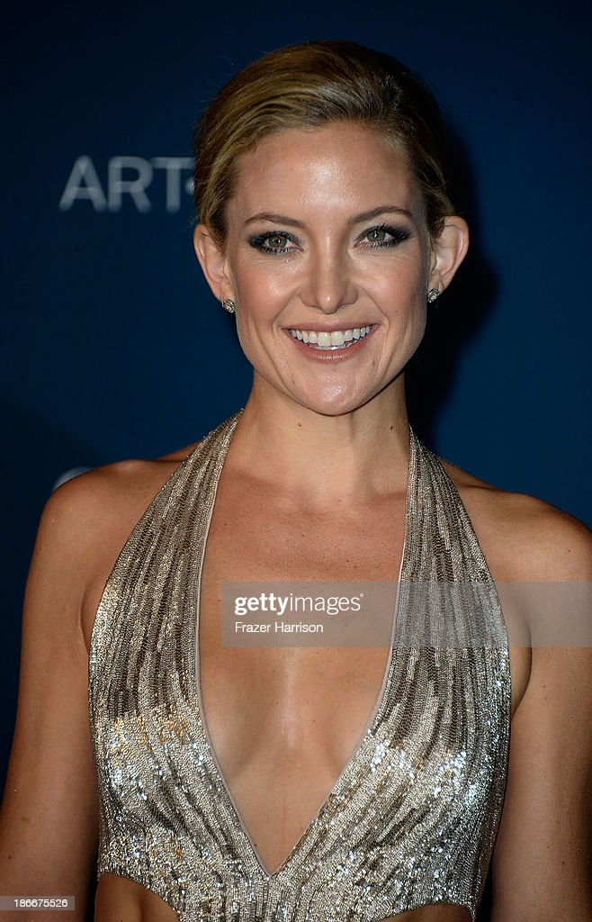 Actress Kate Hudson arrives at the LACMA 2013 Art + Film Gala on November 2, 2013 in Los Angeles, California.