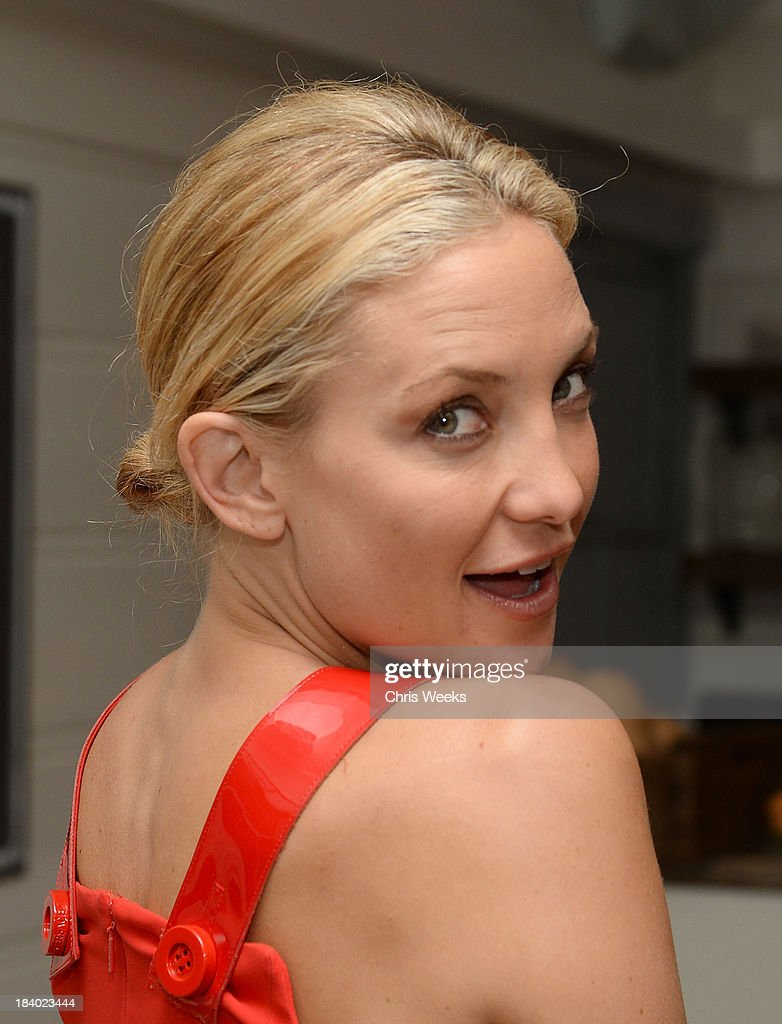 Actress Kate Hudson attends a dinner for Gareth Pugh hosted by Chrome Hearts at Malibu Farm on October 10, 2013 in Malibu, California.