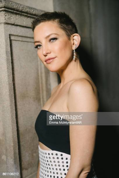 Actress Kate Hudson attends the amfAR Gala Los Angeles 2017 at Ron Burkle's Green Acres Estate on October 13 2017 in Beverly Hills California