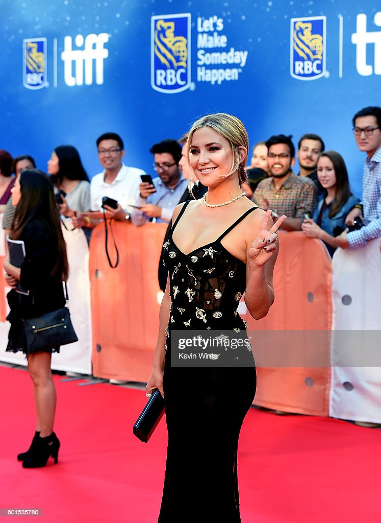 actress-kate-hudson-attends-the-deepwater-horizon-premiere-during-the-picture-id604535780