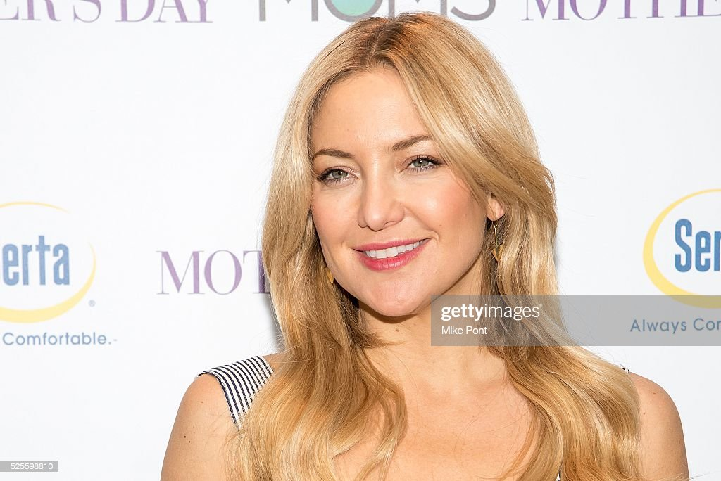 Actress <a gi-track='captionPersonalityLinkClicked' href=/galleries/search?phrase=Kate+Hudson&family=editorial&specificpeople=156407 ng-click='$event.stopPropagation()'>Kate Hudson</a> attends the Mamarazzi screening of 'Mother's Day' at Elinor Bunin Munroe Film Center on April 28, 2016 in New York City.