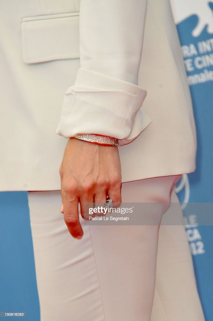 Actress <a gi-track='captionPersonalityLinkClicked' href=/galleries/search?phrase=Kate+Hudson&family=editorial&specificpeople=156407 ng-click='$event.stopPropagation()'>Kate Hudson</a> (jewellery detail) attends 'The Reluctant Fundamentalist' Photocall during the 69th Venice International Film Festival at Palazzo del Casino on August 29, 2012 in Venice, Italy.