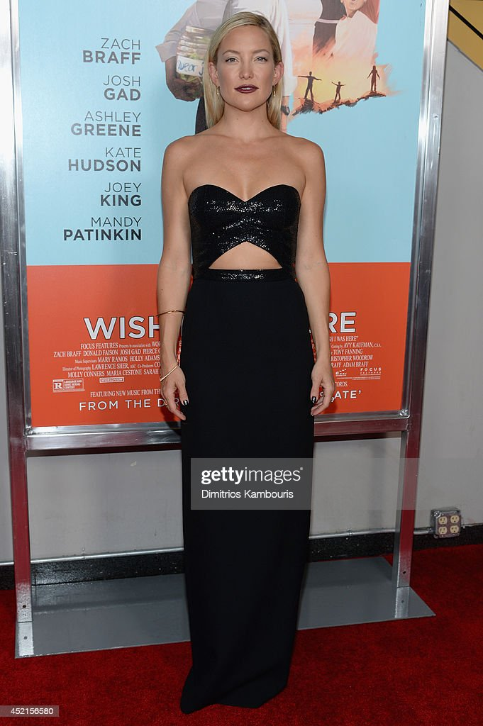 Actress <a gi-track='captionPersonalityLinkClicked' href=/galleries/search?phrase=Kate+Hudson&family=editorial&specificpeople=156407 ng-click='$event.stopPropagation()'>Kate Hudson</a> attends the 'Wish I Was Here' screening at AMC Lincoln Square Theater on July 14, 2014 in New York City.