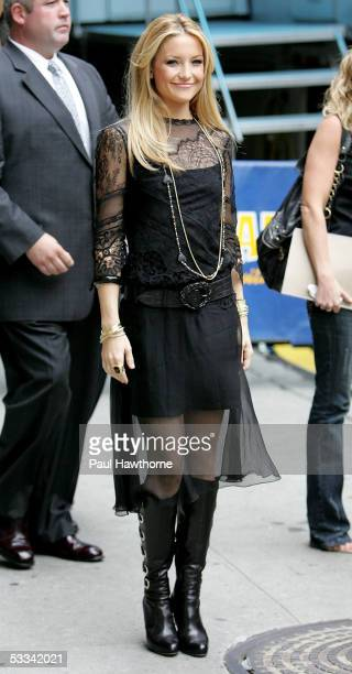Actress Kate Hudson departs after 'The Late Show with David Letterman' August 8 2005 in New York City