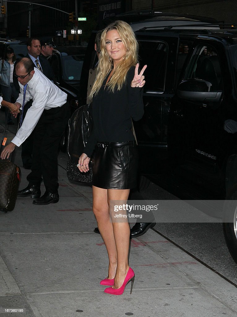 Actress <a gi-track='captionPersonalityLinkClicked' href=/galleries/search?phrase=Kate+Hudson&family=editorial&specificpeople=156407 ng-click='$event.stopPropagation()'>Kate Hudson</a> departs 'Late Show with David Letterman' at Ed Sullivan Theater on April 24, 2013 in New York City.
