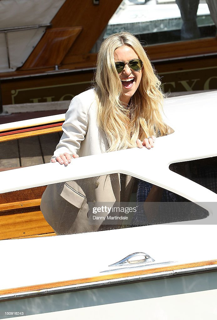 Actress Kate Hudson leaves the Hotel Excelsior during the 69th Venice Film Festival on August 29 2012 in Venice Italy