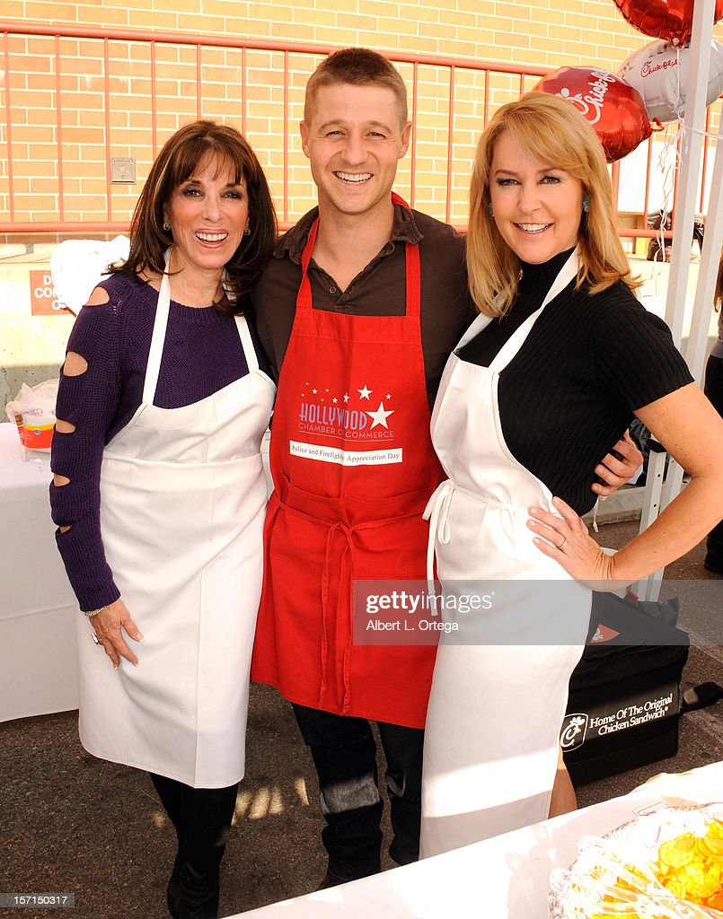 Actress Kate Linder, actor Benjamin McKenzie and actress Erin Murphy participate in the Hollywood Chamber of Commerce's annual police and firefighters appreciation day at the Hollywood LAPD station on November 28, 2012 in Hollywood, California.
