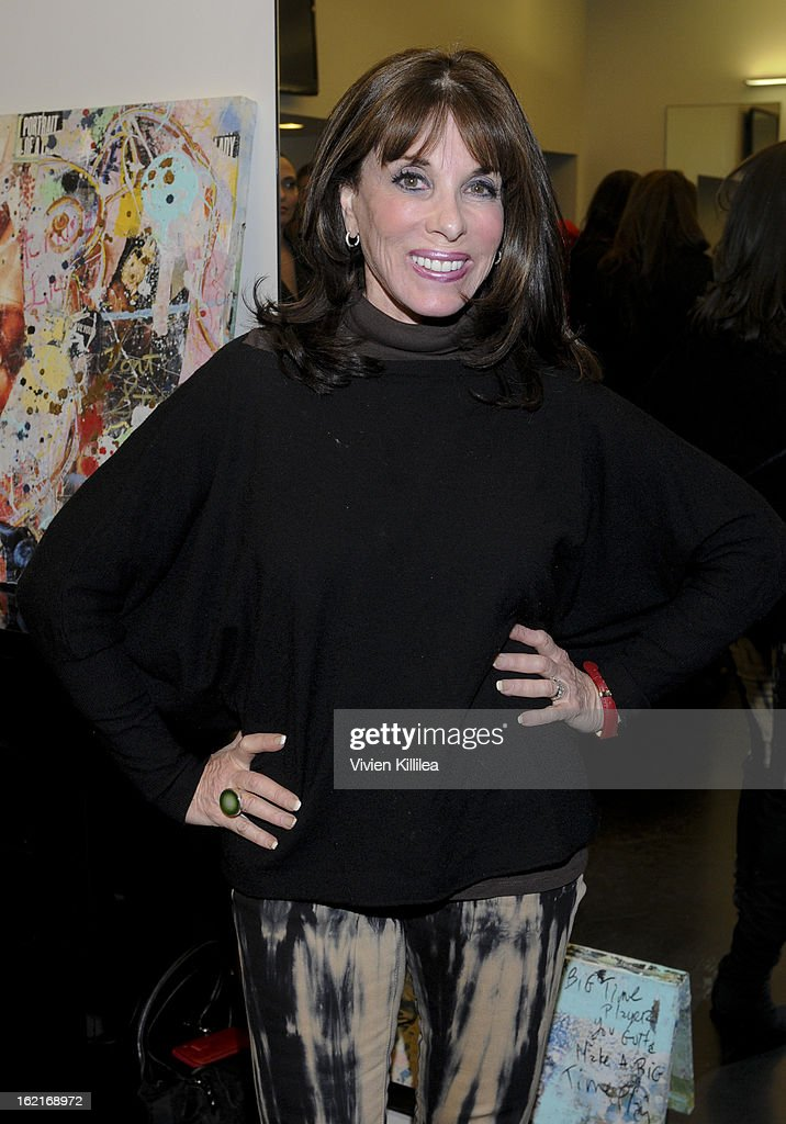 Actress <a gi-track='captionPersonalityLinkClicked' href=/galleries/search?phrase=Kate+Linder&family=editorial&specificpeople=213145 ng-click='$event.stopPropagation()'>Kate Linder</a> attends Art + Beauty Oscar Celebration For NYC Contemporary Artist Bobby Hill at Metodo Rossano Ferretti Hair Spa on February 19, 2013 in Beverly Hills, California.