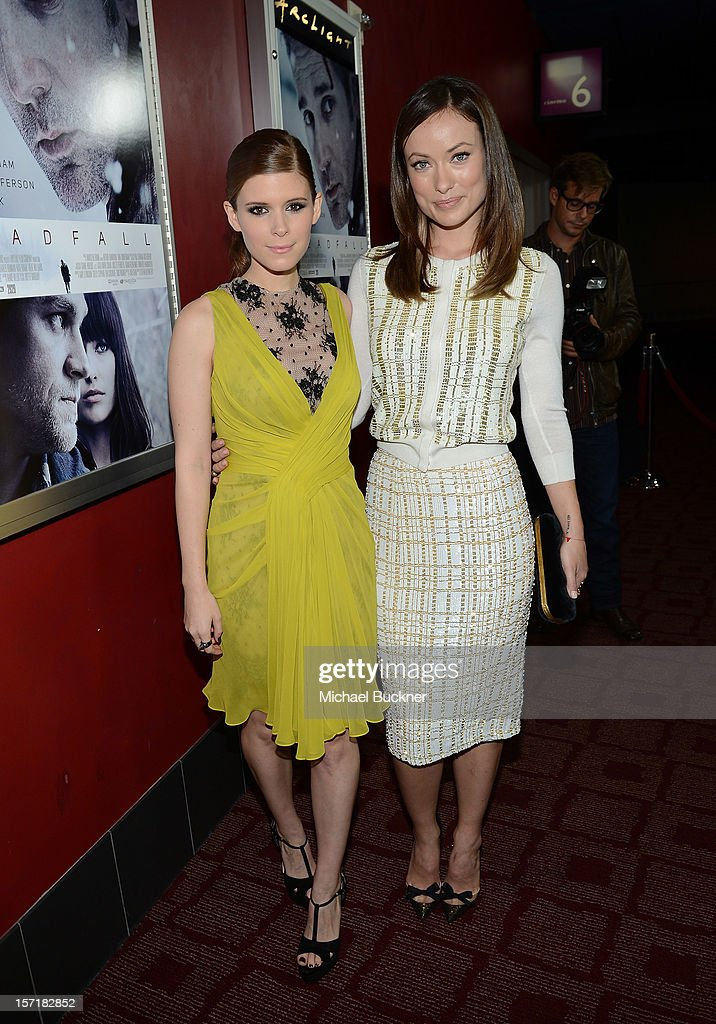 Actress <a gi-track='captionPersonalityLinkClicked' href=/galleries/search?phrase=Kate+Mara&family=editorial&specificpeople=544680 ng-click='$event.stopPropagation()'>Kate Mara</a> (L) and actress <a gi-track='captionPersonalityLinkClicked' href=/galleries/search?phrase=Olivia+Wilde&family=editorial&specificpeople=235399 ng-click='$event.stopPropagation()'>Olivia Wilde</a> attend the premiere of Magnolia Pictures' 'Deadfall' at the at the ArcLight Cinemas on November 29, 2012 in Hollywood, California.
