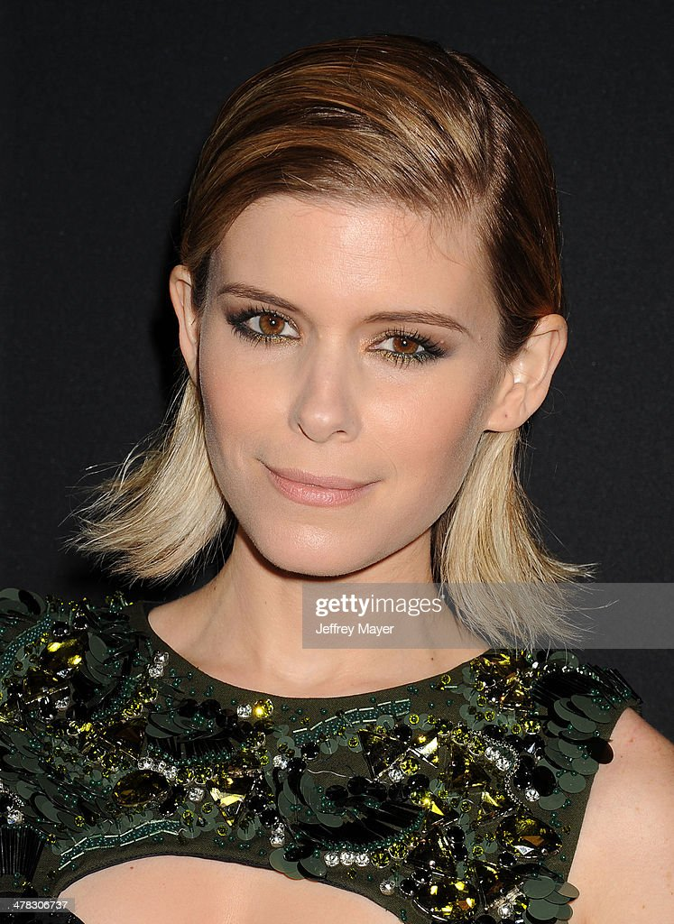 Actress <a gi-track='captionPersonalityLinkClicked' href=/galleries/search?phrase=Kate+Mara&family=editorial&specificpeople=544680 ng-click='$event.stopPropagation()'>Kate Mara</a> arrives at the 'House Of Cards' Season 2 special screening at Directors Guild Of America on February 13, 2014 in Los Angeles, California.