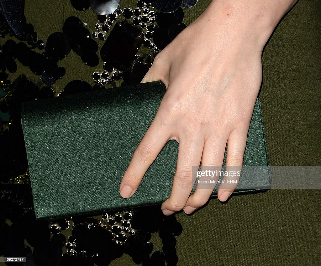 Actress Kate Mara (fashion detail) arrives at the special screening of Netflix's 'House of Cards' Season 2 at the Directors Guild of America on February 13, 2014 in Los Angeles, California.