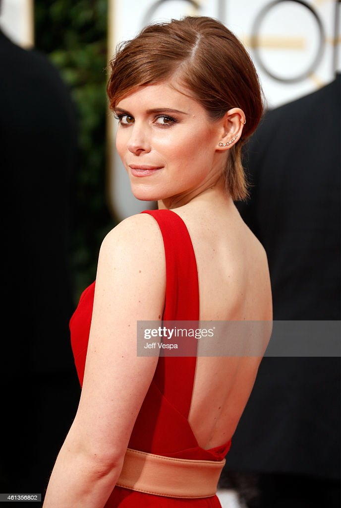 Actress <a gi-track='captionPersonalityLinkClicked' href=/galleries/search?phrase=Kate+Mara&family=editorial&specificpeople=544680 ng-click='$event.stopPropagation()'>Kate Mara</a> attends the 72nd Annual Golden Globe Awards at The Beverly Hilton Hotel on January 11, 2015 in Beverly Hills, California.