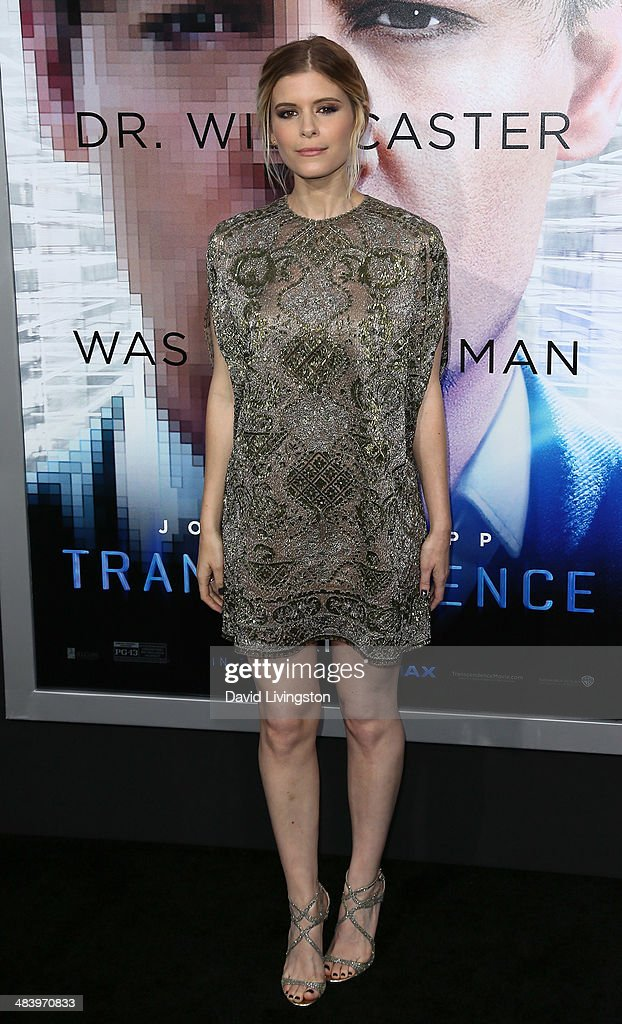 Actress <a gi-track='captionPersonalityLinkClicked' href=/galleries/search?phrase=Kate+Mara&family=editorial&specificpeople=544680 ng-click='$event.stopPropagation()'>Kate Mara</a> attends the premiere of Warner Bros. Pictures and Alcon Entertainment's 'Transcendence' at the Regency Village Theatre on April 10, 2014 in Westwood, California.