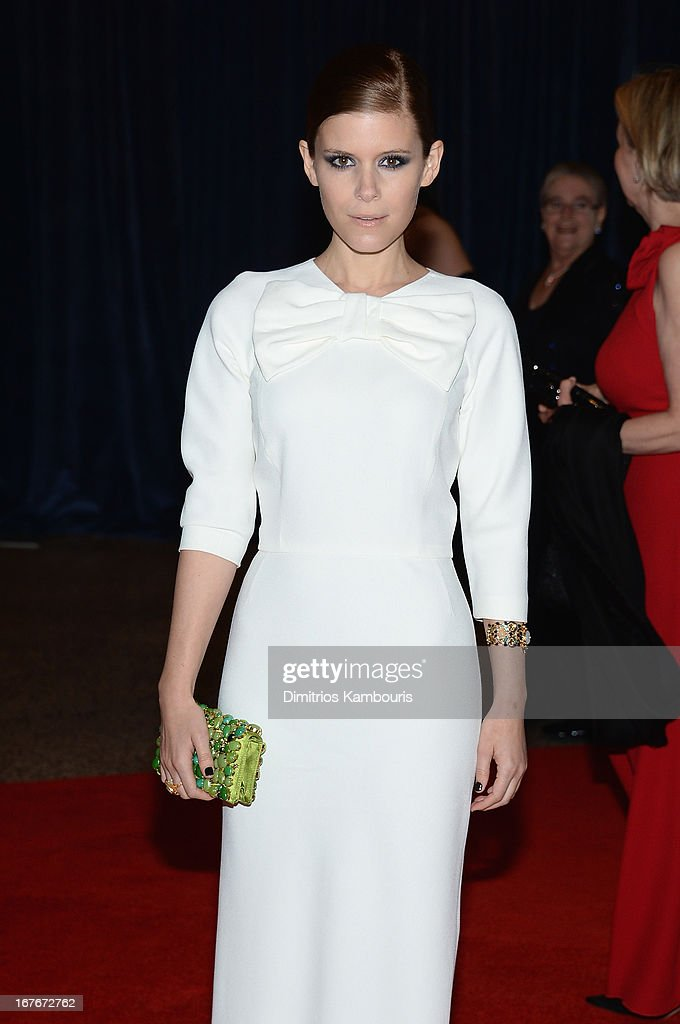 Actress Kate Mara attends the White House Correspondents' Association Dinner at the Washington Hilton on April 27, 2013 in Washington, DC.