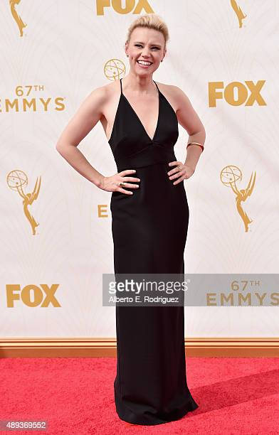 Actress Kate McKinnon attends the 67th Emmy Awards at Microsoft Theater on September 20 2015 in Los Angeles California 25720_001