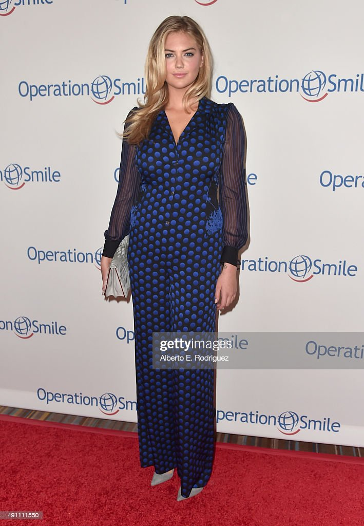 Actress <a gi-track='captionPersonalityLinkClicked' href=/galleries/search?phrase=Kate+Upton&family=editorial&specificpeople=7488546 ng-click='$event.stopPropagation()'>Kate Upton</a> attends Operation Smile's 2015 Smile Gala at the Beverly Wilshire Four Seasons Hotel on October 2, 2015 in Beverly Hills, California.