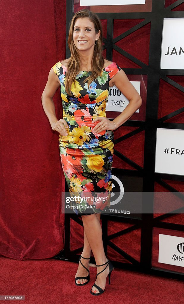 Actress <a gi-track='captionPersonalityLinkClicked' href=/galleries/search?phrase=Kate+Walsh+-+Actress&family=editorial&specificpeople=4111564 ng-click='$event.stopPropagation()'>Kate Walsh</a> arrives at the Comedy Central Roast of James Franco at Culver Studios on August 25, 2013 in Culver City, California.