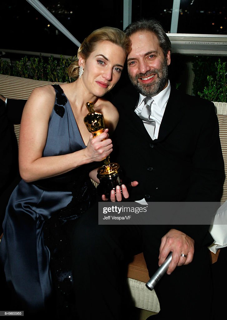 Actress <a gi-track='captionPersonalityLinkClicked' href=/galleries/search?phrase=Kate+Winslet&family=editorial&specificpeople=201923 ng-click='$event.stopPropagation()'>Kate Winslet</a> and director Sam Mendes attend the 2009 Vanity Fair Oscar party hosted by Graydon Carter at the Sunset Tower Hotel on February 22, 2009 in West Hollywood, California.