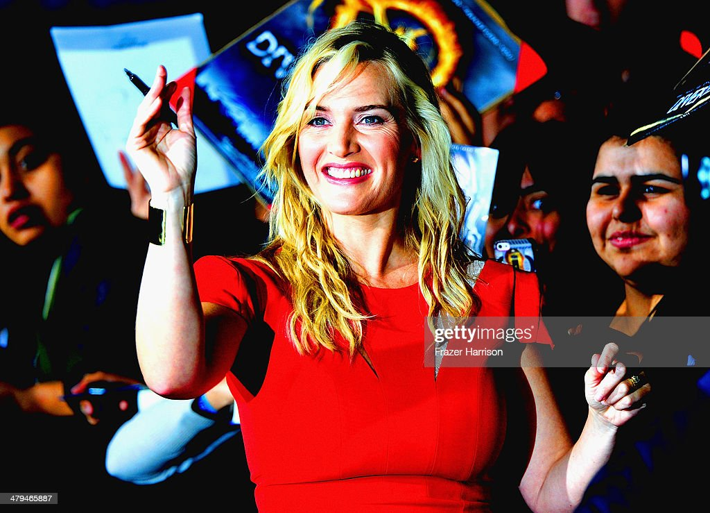 Actress <a gi-track='captionPersonalityLinkClicked' href=/galleries/search?phrase=Kate+Winslet&family=editorial&specificpeople=201923 ng-click='$event.stopPropagation()'>Kate Winslet</a> arrives at the premiere Of Summit Entertainment's 'Divergent' at Regency Bruin Theatre on March 18, 2014 in Los Angeles, California.