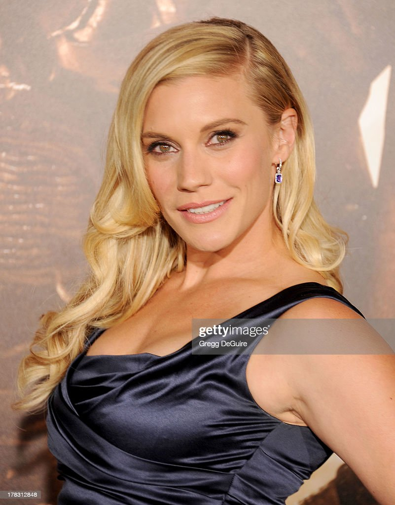 Actress <a gi-track='captionPersonalityLinkClicked' href=/galleries/search?phrase=Katee+Sackhoff&family=editorial&specificpeople=2310579 ng-click='$event.stopPropagation()'>Katee Sackhoff</a> arrives at the Los Angeles premiere of 'Riddick' at the Westwood Village Theatre on August 28, 2013 in Westwood, California.