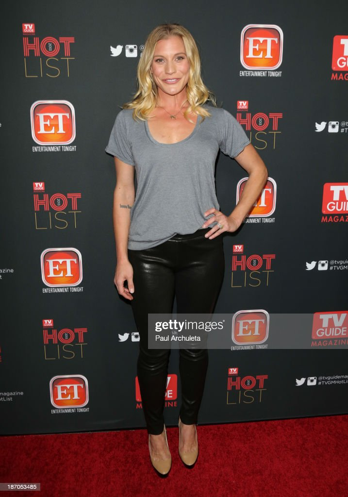 Actress <a gi-track='captionPersonalityLinkClicked' href=/galleries/search?phrase=Katee+Sackhoff&family=editorial&specificpeople=2310579 ng-click='$event.stopPropagation()'>Katee Sackhoff</a> attends TV Guide magazine's annual Hot List Party at The Emerson Theatre on November 4, 2013 in Hollywood, California.