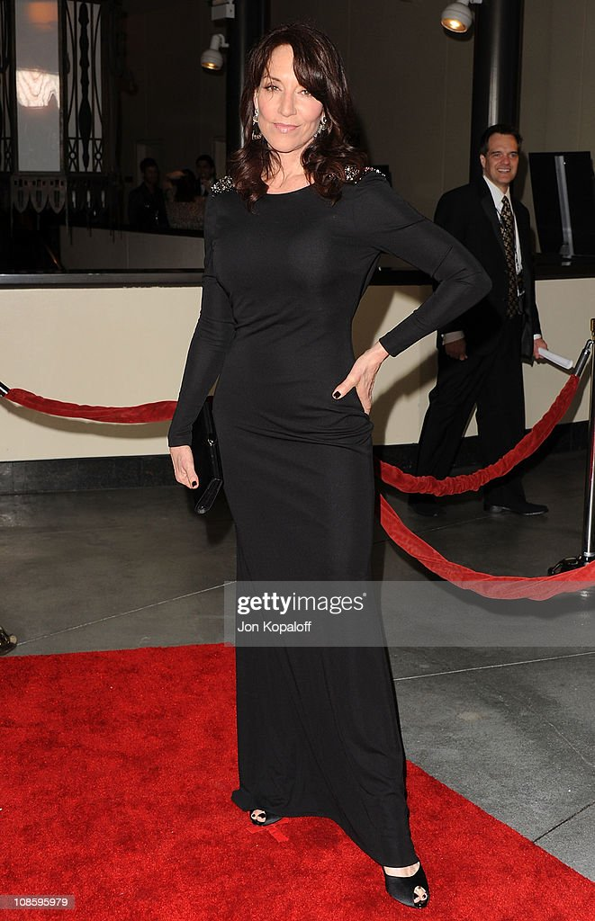 Actress <a gi-track='captionPersonalityLinkClicked' href=/galleries/search?phrase=Katey+Sagal&family=editorial&specificpeople=221480 ng-click='$event.stopPropagation()'>Katey Sagal</a> arrives at the 63rd Annual DGA Awards at the Grand Ballroom at Hollywood & Highland Center on January 29, 2011 in Hollywood, California.