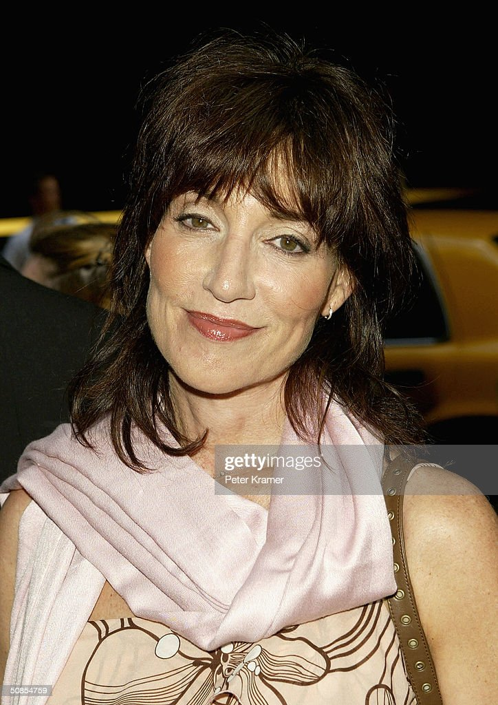 Actress <a gi-track='captionPersonalityLinkClicked' href=/galleries/search?phrase=Katey+Sagal&family=editorial&specificpeople=221480 ng-click='$event.stopPropagation()'>Katey Sagal</a> attends the ABC Network All-Star Party May 18, 2004 in New York City.