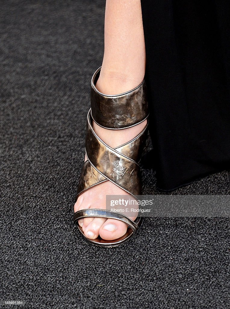 Actress Katherine Heigl (shoe detail) arrives at the 40th AFI Life Achievement Award honoring Shirley MacLaine held at Sony Pictures Studios on June 7, 2012 in Culver City, California. The AFI Life Achievement Award tribute to Shirley MacLaine will premiere on TV Land on Saturday, June 24 at 9PM ET/PST.