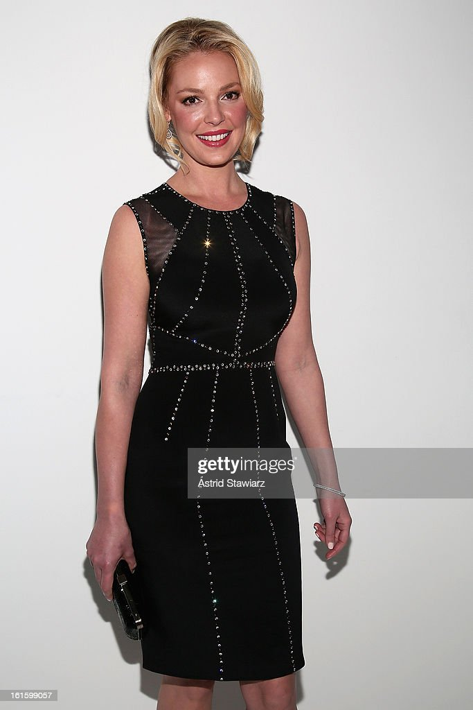Actress <a gi-track='captionPersonalityLinkClicked' href=/galleries/search?phrase=Katherine+Heigl&family=editorial&specificpeople=206952 ng-click='$event.stopPropagation()'>Katherine Heigl</a> attends the Jenny Packham Fall 2013 fashion show during Mercedes-Benz Fashion Week at The Studio at Lincoln Center on February 12, 2013 in New York City.
