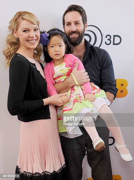 Actress Katherine Heigl husband Josh Kelley and daughter Naleigh arrive at the Los Angeles premiere of 'The Nut Job' at Regal Cinemas LA Live on...