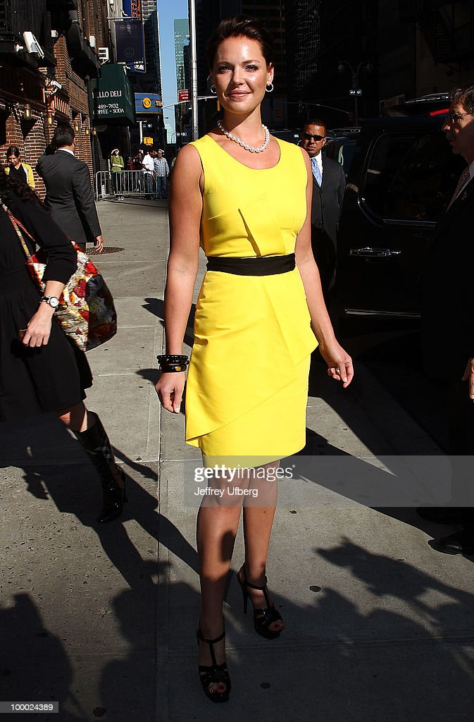 Actress Katherine Heigl visits 'Late Show With David Letterman' at the Ed Sullivan Theater on May 20, 2010 in New York City.