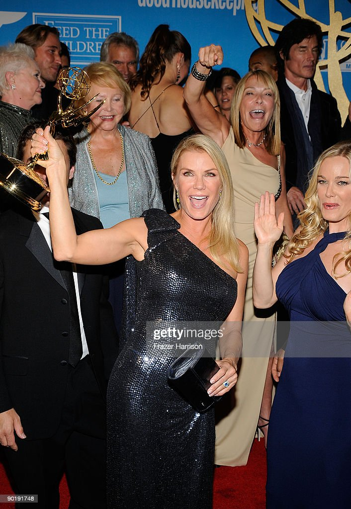 Actress Katherine Kelly Lang (C) and the cast of 'The Bold and the Beautiful', winners of the Emmy for Outstanding Drama Series, pose in the press room at the 36th Annual Daytime Emmy Awards at The Orpheum Theatre on August 30, 2009 in Los Angeles, California.