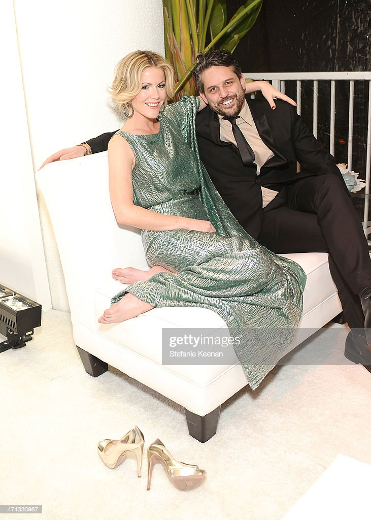 Actress <a gi-track='captionPersonalityLinkClicked' href=/galleries/search?phrase=Kathleen+Robertson&family=editorial&specificpeople=544682 ng-click='$event.stopPropagation()'>Kathleen Robertson</a> (L) and producer Chris Cowles attend the 16th Costume Designers Guild Awards with presenting sponsor Lacoste at The Beverly Hilton Hotel on February 22, 2014 in Beverly Hills, California.