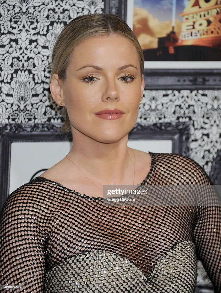 Actress Kathleen Robertson arrives at the Family Equality Council's Annual Los Angeles Awards Dinner at The Globe Theatre on February 8, 2014 in Universal City, California.
