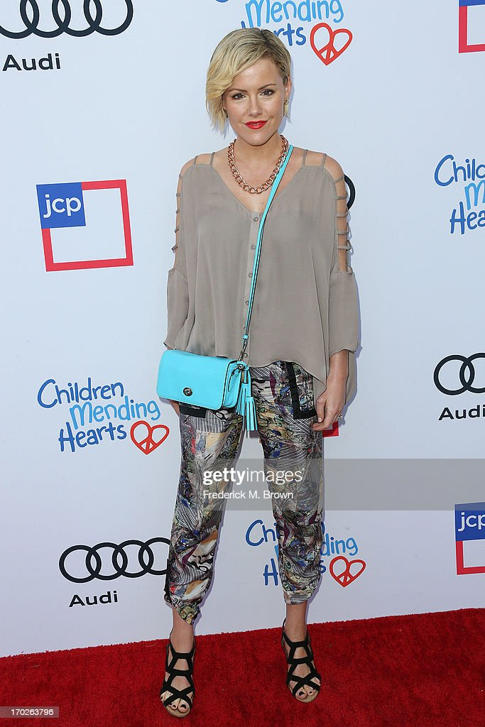 Actress Kathleen Robertson attends the First Annual Children Mending Hearts Style Sunday on June 9, 2013 in Beverly Hills, California.