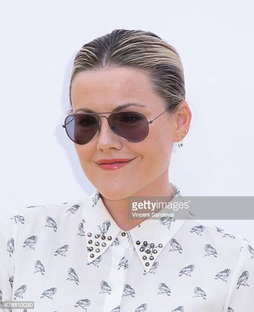 Actress Kathleen Robertson attends the premiere of Universal Pictures and Illumination Entertainment's 'Minions' at The Shrine Auditorium on June 27...