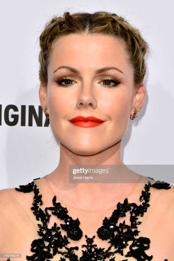 Actress <a gi-track='captionPersonalityLinkClicked' href=/galleries/search?phrase=Kathleen+Robertson&family=editorial&specificpeople=544682 ng-click='$event.stopPropagation()'>Kathleen Robertson</a> attends the premiere party for A&E's Season 2 Of 'Bates Motel' & series premiere of 'Those Who Kill' at Warwick on February 26, 2014 in Hollywood, California.