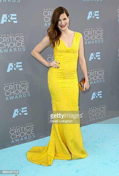 Actress Kathryn Hahn attends The 21st Annual Critics' Choice Awards at Barker Hangar on January 17 2016 in Santa Monica California