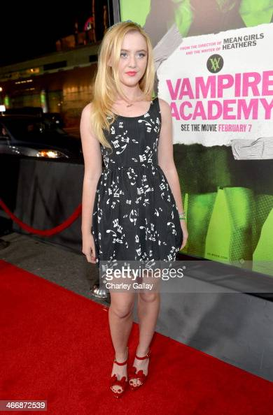 Actress Kathryn Newton arrives at The Weinstein Company's premiere of 'Vampire Academy' at Regal 14 at LA Live Downtown on February 4 2014 in Los...