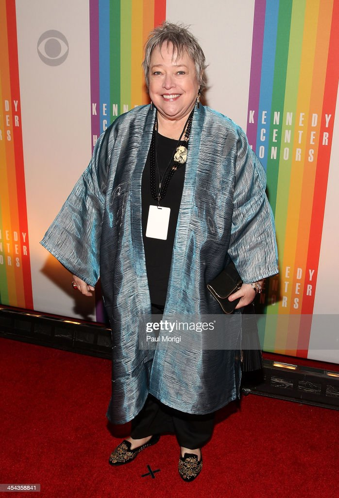 Actress <a gi-track='captionPersonalityLinkClicked' href=/galleries/search?phrase=Kathy+Bates+-+Actor&family=editorial&specificpeople=171565 ng-click='$event.stopPropagation()'>Kathy Bates</a> attends the The 36th Kennedy Center Honors gala at The Kennedy Center on December 8, 2013 in Washington, DC.