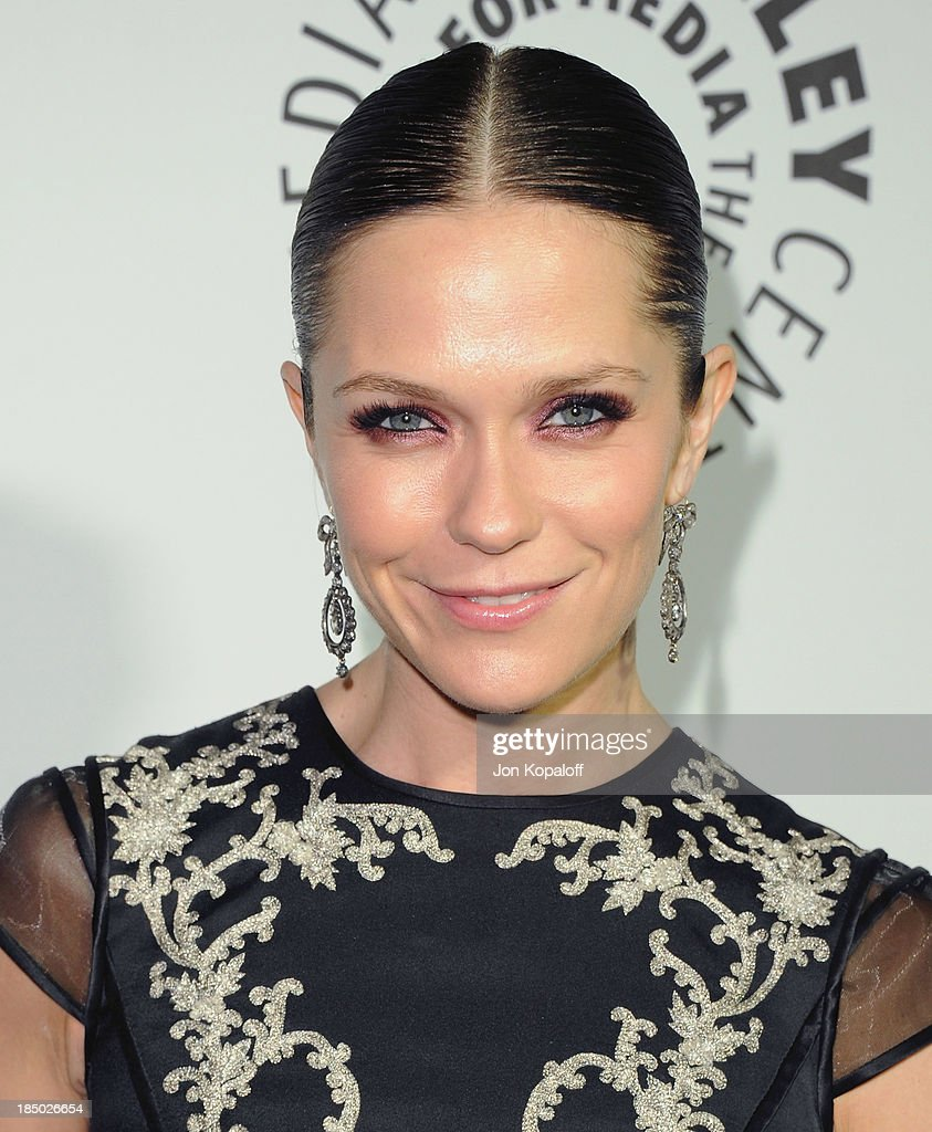Actress Katie Aselton arrives at The Paley Center for Media Hosts 2013 Benefit Gala Honoring FX Networks on October 16, 2013 in Los Angeles, California.
