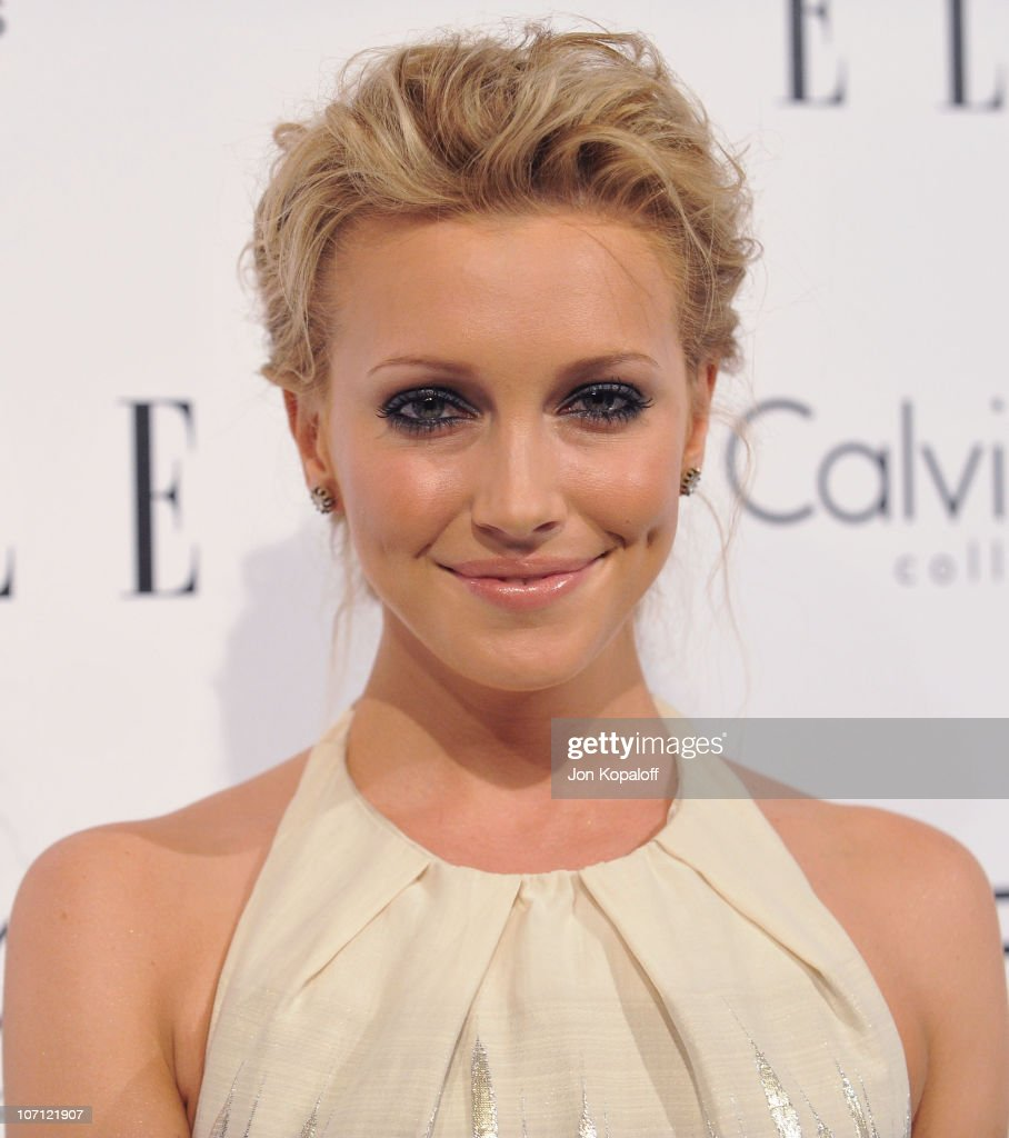 Actress <a gi-track='captionPersonalityLinkClicked' href=/galleries/search?phrase=Katie+Cassidy&family=editorial&specificpeople=569891 ng-click='$event.stopPropagation()'>Katie Cassidy</a> arrives at ELLE's 16th Annual Women In Hollywood Event at the Four Seasons Hotel on October 19, 2009 in Beverly Hills, California.