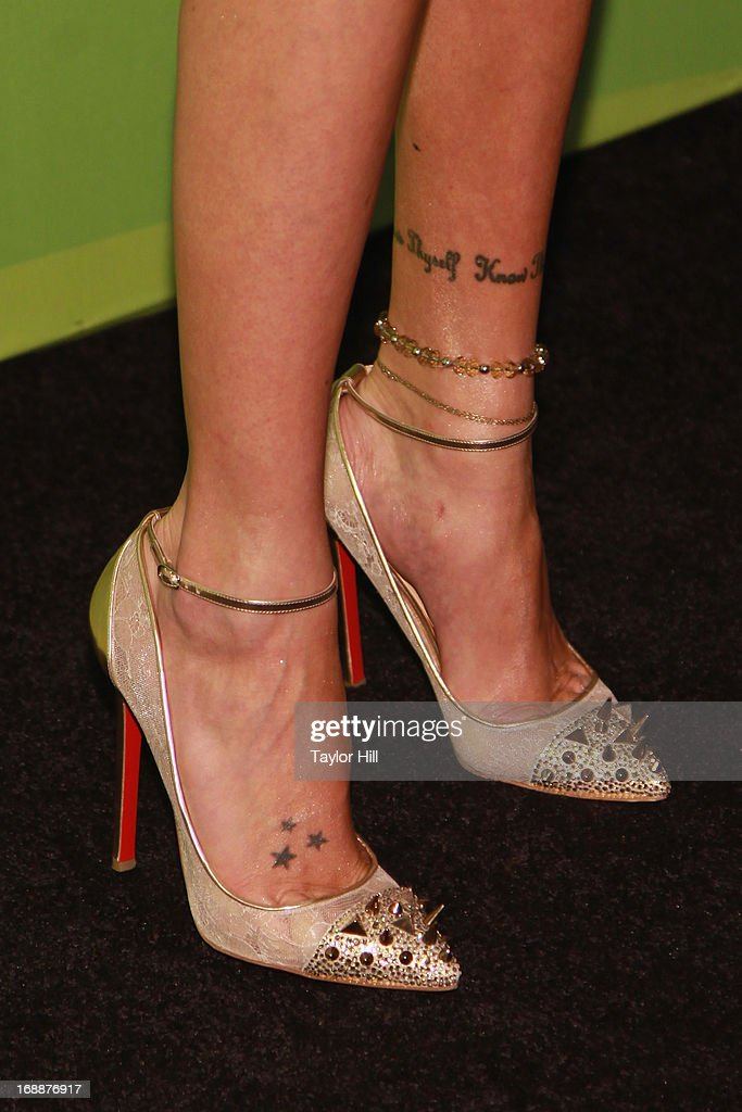 Actress Katie Cassidy attends The CW Network's New York 2013 Upfront Presentation at The London Hotel on May 16, 2013 in New York City.