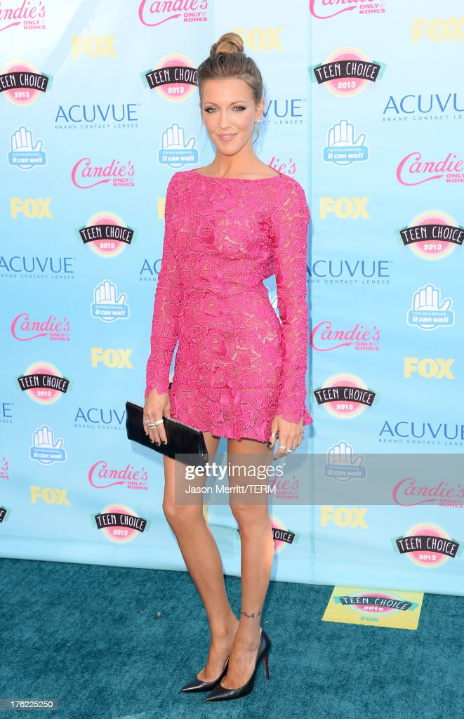 Actress <a gi-track='captionPersonalityLinkClicked' href=/galleries/search?phrase=Katie+Cassidy&family=editorial&specificpeople=569891 ng-click='$event.stopPropagation()'>Katie Cassidy</a> attends the Teen Choice Awards 2013 at Gibson Amphitheatre on August 11, 2013 in Universal City, California.